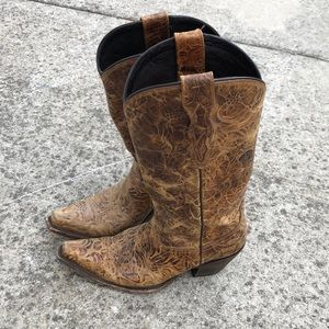 Lucchese brown cowboy boots 6.5